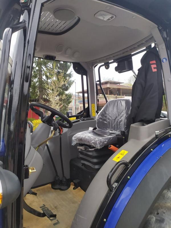 traktor2021v.jpg